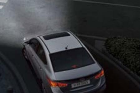 An toàn Hyundai Accent 1.4 AT Đặc Biệt - Hình 7