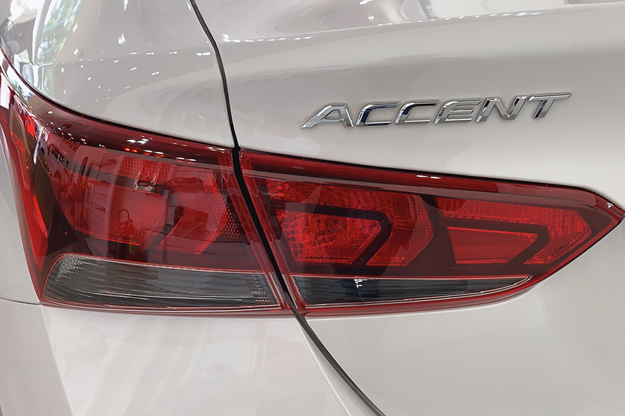 Ngoại thất Hyundai Accent 1.4 AT Đặc Biệt - Hình 16